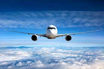 Airplain in flight